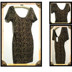 Striking dress by Dear Alice Cameo Size Large